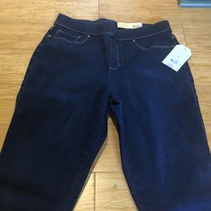 NWT Faded glory size 8. Jeggings